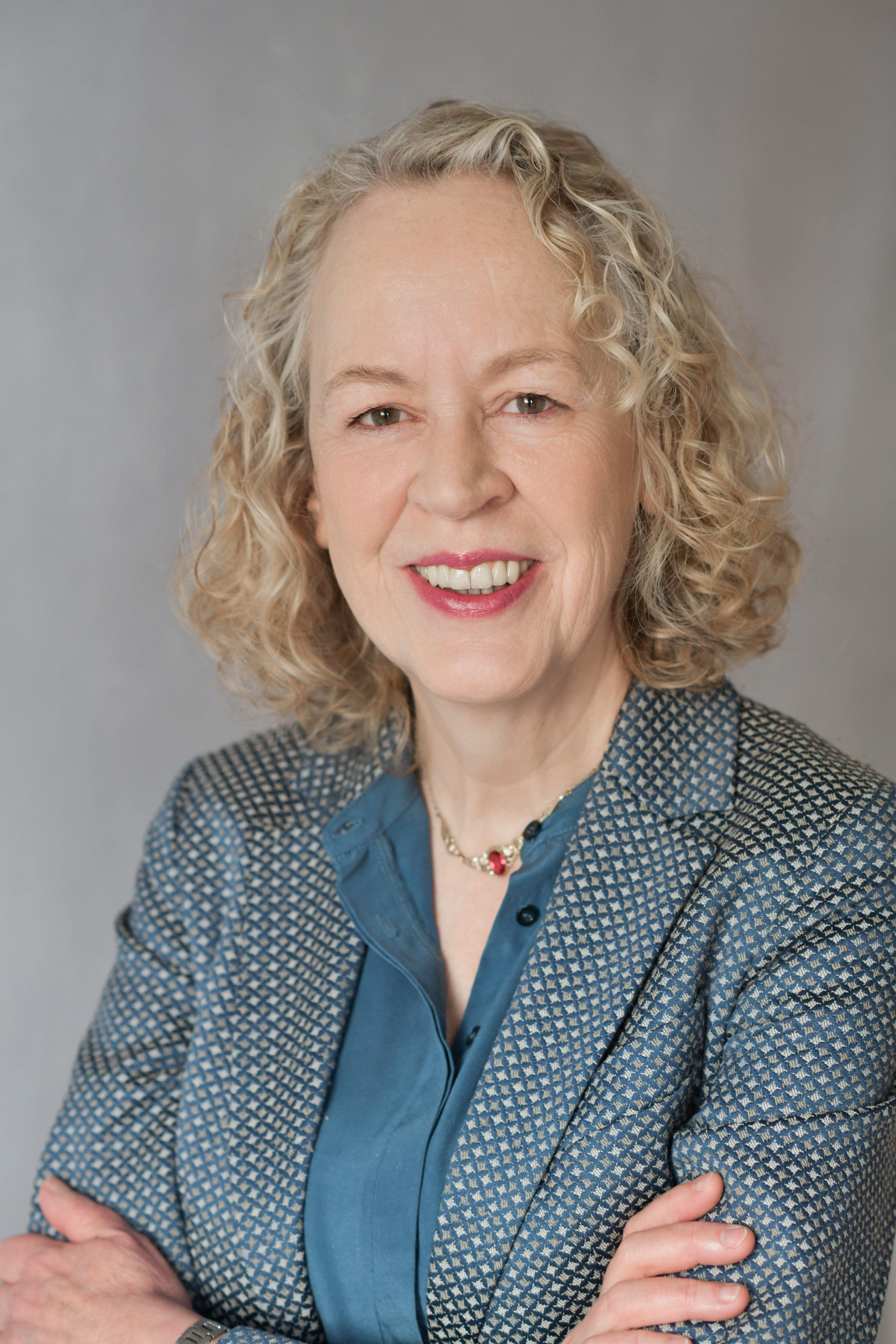 Univ.-Prof. Dr. Elisabeth Oy-Marra | FB 07 - IKM Abteilung ...